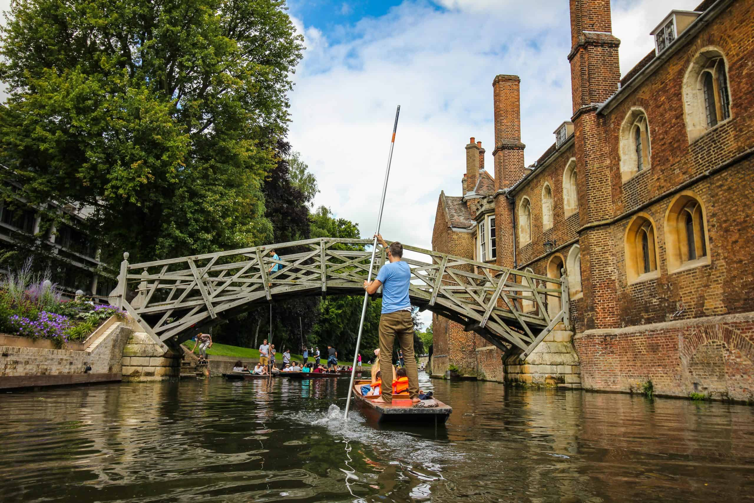 Cambridge river punting bridge landscape